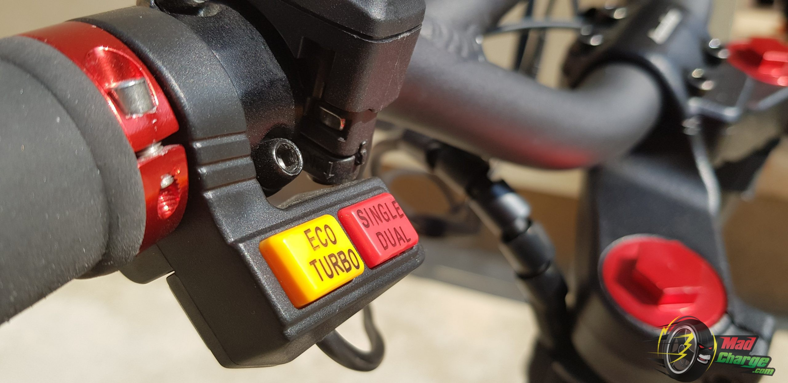 Kaabo Wolf Warrior II Eco Turbo Single Dual Buttons