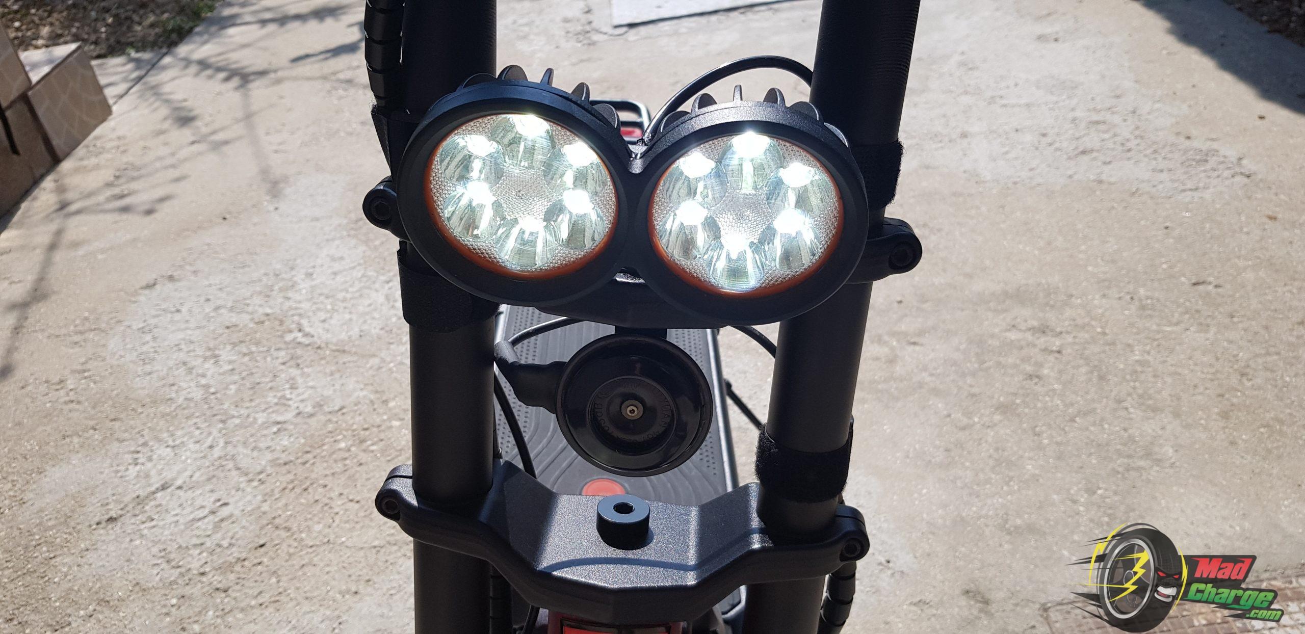 Kaabo Wolf Warrior II Front Lights ON