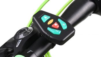 Turn signal widget remote for electric scooter